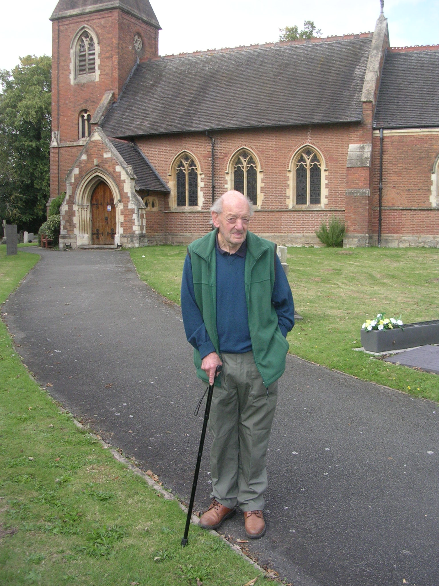 Derek Bennett, our longest serving Gardener.